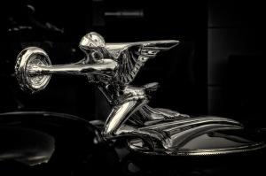Prayer - 1932-34 Packard Ornament